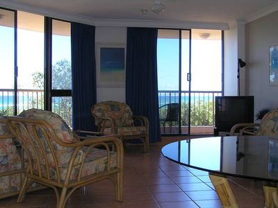 Photo for Beachside Porta Pacifique Bilinga/Kirra, beach and ocean views