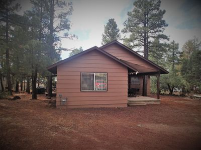 Spacious, Clean, & well appointed home in Lakeside. Premium beds. Great Reviews