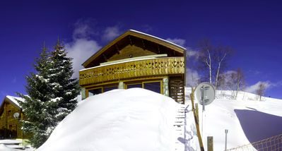 Photo for Luxury chalet in Alpe d'Huez on the slopes, close to shops