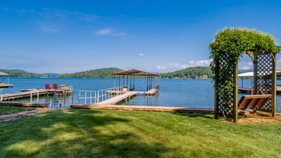 Photo for Chatuge Lakefront Home, Premium Lot with Amazing Lake & Mtn Views 5 min to Town