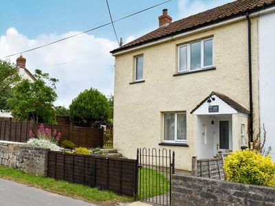 Photo for 2 bedroom accommodation in Middlezoy, near Bridgwater