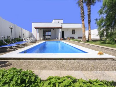Photo for Wonderful villa with pool - JUNE JULY OFFER