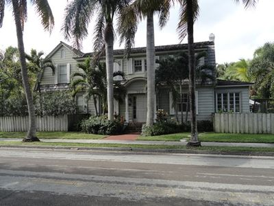 Photo for Private Cottage Historic District In Old Northwood Close To The Beach