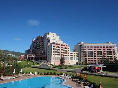 Photo for Cozy one-bedrooom apartment in Sunny Beach Plaza Complex