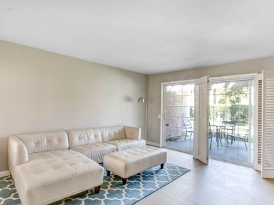 Photo for Beautifully remodelled 2 bed 2 bathroom condo at Mesquite country club