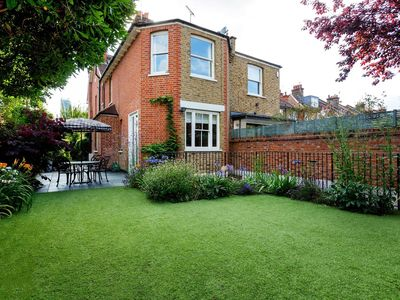 Photo for Elegant 5BR with lovely garden in Notting Hill mins to Portobello Road, by Veeve