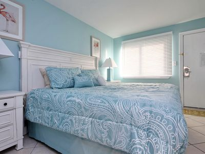 Photo for The Beach is Calling, Oceanview 1 Bd Newly Renovated on the Beach
