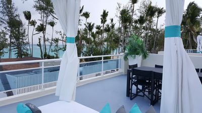 roof top balcony and dinning