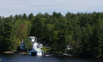 Photo for Georgian Rocks - Cottage in Pointe au Baril