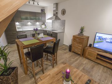 Sophisticated new studio maisonette holiday home to relax & enjoy