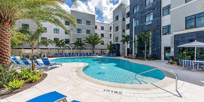 Photo for FANTASTIC STUDIO FOR 4, POOL, CLOSE TO ATTRACTIONS!