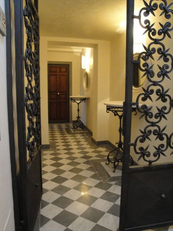 N Foyer Area Design : New luxury apartment at the duomo florence tuscany