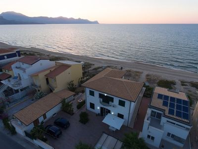 Photo for Villa in Alcamo with Internet, Air conditioning, Parking, Terrace (717574)