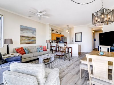Photo for Beautiful 2nd-Floor condo with Beach Ambiance in Seagrove Beach!