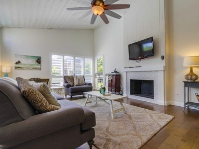 Photo for Solana Beach Condo, Steps to Beach with Pool (heated all year) & Spa