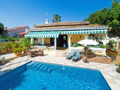 Photo for This 3-bedroom villa for up to 6 guests is located in Marbella and has a private swimming pool, air-