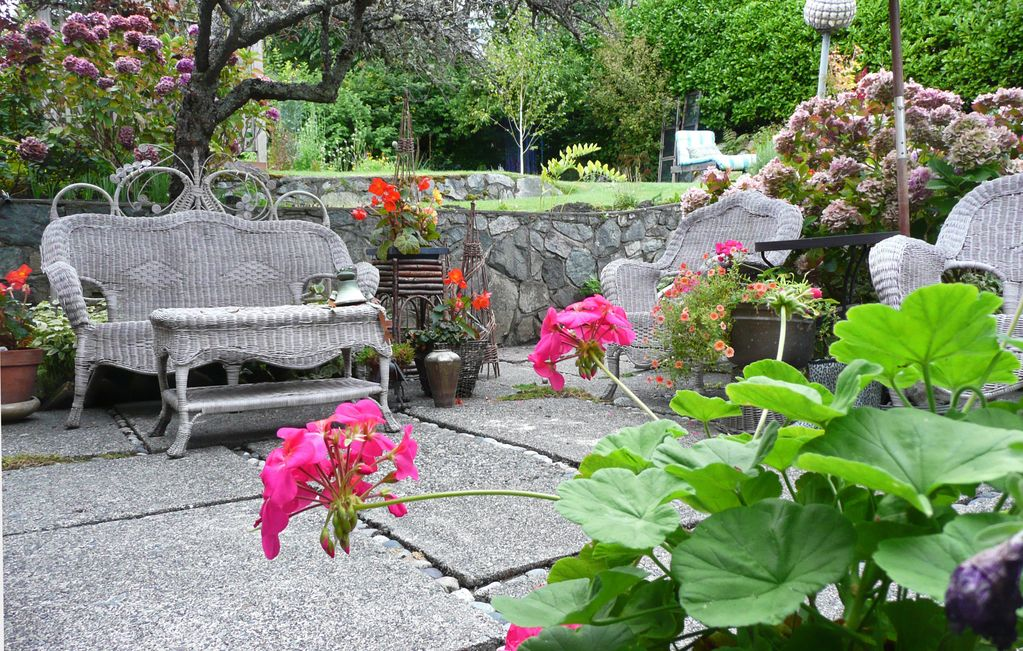 Gracious Sensous and Charming 3 Bedroom Garden Suite in Paradise