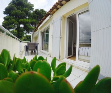 Photo for Big T2 of 43m2, air-conditioned, wifi, South, preview sea view!