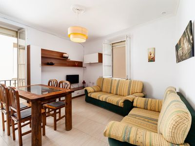 Photo for Central Apartment Close to Beach with Balcony, Rooftop Terrace, Wi-Fi & Air Conditioning; Small Dogs Allowed