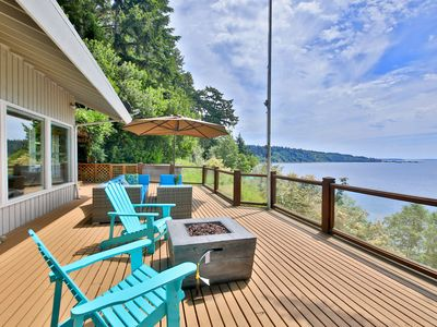 Photo for 263-Waterfront w/private beach stairs/hot tub/game room&deck w/ magical views