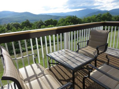 Photo for Beautiful mountain views, minutes from skiing, hiking, Storyland