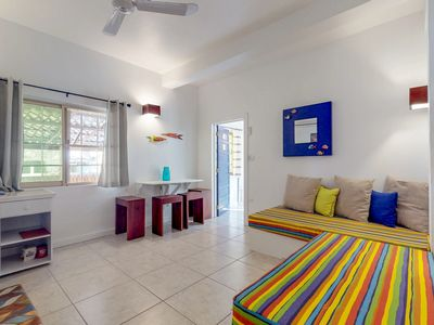 Photo for Studio w/ a tropical vibe - just five minutes away from water taxis & the beach