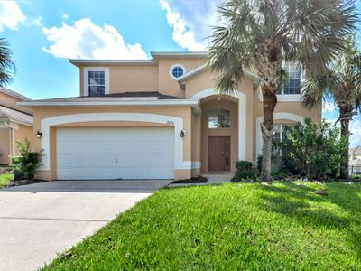 Photo for Near Disney World - Emerald Island Resort - Amazing Relaxing 6 Beds 5.5 Baths Villa - 3 Miles To Disney