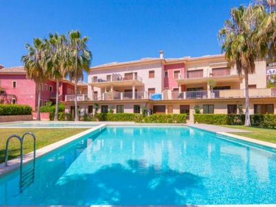 Photo for 2 bedroom Apartment, sleeps 6 with Pool, Air Con and FREE WiFi