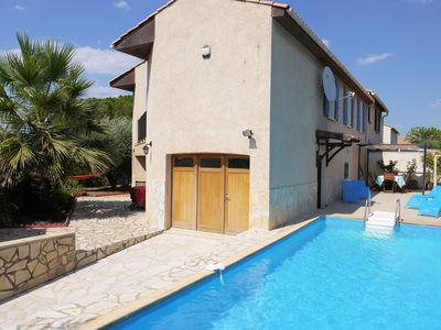 Photo for Pezenas holiday rental with private pool (sleeps 6)