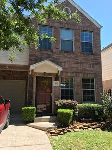 Photo for **SPACIOUS TOWNHOME IN THE HEART OF EAST DOWNTOWN HOUSTON (EaDO)** SLEEPS 6
