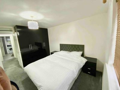 Photo for Lovely Flat next to Riven Close to Heathrow