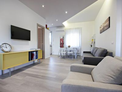 Photo for Terrace Penthouse 3 bedrooms - Apartment for 5 people in Roma