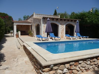 Photo for Holiday Home with pool, only a few minutes to the beach