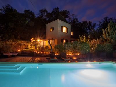Photo for House rental w/pool, Jacuzzi, sauna in the Périgord Noir, 5 km away from Sarlat
