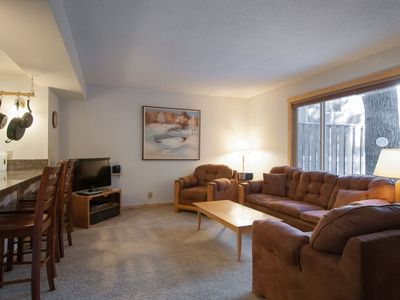 Photo for GREAT reviews & great value! Lake Forest Glen w/ HOA pools, hot tub, walk to beach
