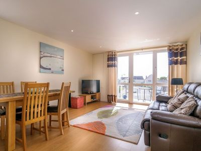 Photo for Modern spacious apartment a few minutes walk to Fistral Beach. Surf store and parking