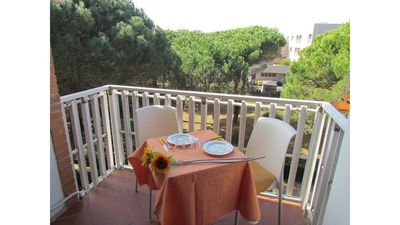Photo for Beautiful two-room apartment on the sea front - Beach place included
