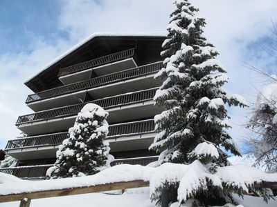 Photo for sunny apartment - at the foot of ski tracks - Verbier, Medran