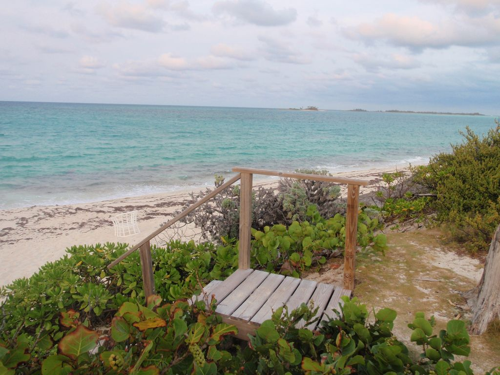 House rentals green turtle cay - Beach House Rental Can Sleep 6 Upstairs Or 5 Downstairs