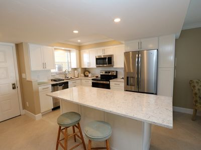 Photo for Recently Remodeled 2 Bedroom Fantastic  Views!!!