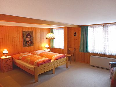 Photo for Apartment Bärli in Lauterbrunnen - 4 persons, 2 bedrooms