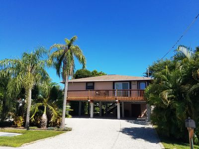 Photo for Comfortable, charming cottage in quiet Grassy Key. 10 minutes to Marathon