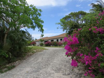 Beachfront splendor - 3BR on Winding Bay, Eleuthera, Bahamas