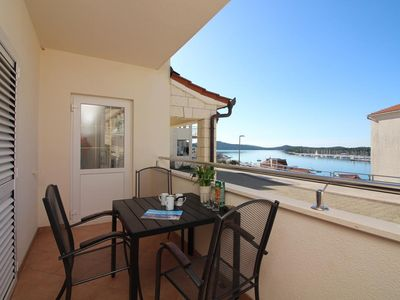 Photo for Two bedroom apartment with terrace and sea view Rogoznica (A-7515-a)