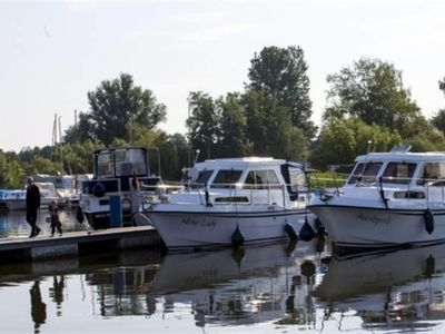 Photo for Houseboat - Ferienzentrum Yachthafen Rechlin GmbH