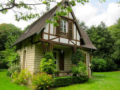 Photo for 3 of cottage oak: Nestled in a clearing in the middle of Vexin regional park