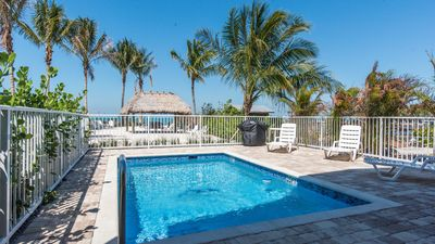 Photo for **$ave$** 4 Bed 3 Bath Home w/ pool, Free dock Space, Beach area!