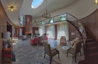 Photo for Truly Unique City Mansion With Pool