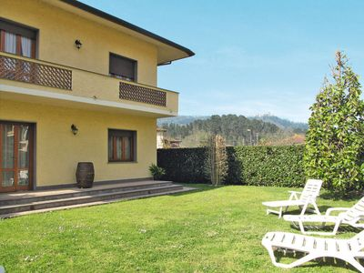Photo for Apartment Appartamento Lorenzo (CMA115) in Camaiore - 6 persons, 3 bedrooms
