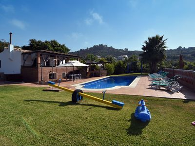 Photo for Countryside villa with private pool, perfect for families with children